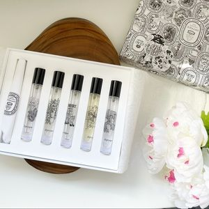 Diptyque 2ml sample free w/ purchase